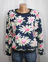 Молодежный свитер с рисунком цветы