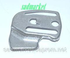 Пластина захисна бензопили PARTNER P 740, McCULLOCH CS330, 360, 370, 400