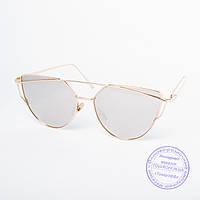 Оптом женские солнцезащитные очки золотистые - 9013