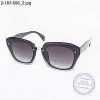 Оптом стильные солнцезащитные очки - 2-187-696