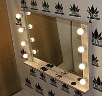 Визажное зеркало из дерева, белое