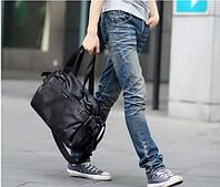Дорожная мужская сумка в стильном дизайне. Черная