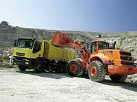 Песок природный, мытый с доставкой по Харькову от мешка до 12м3