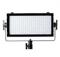 Студийный свет  Vibesta CAPRA20 DAYLIGHT LED PANEL LIGHT