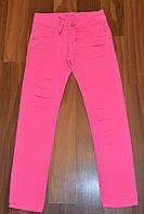 Котоновые брюки РВАНКИ для девочек подростков.Размеры 134-164 см.Фирма KE YI QI. Венгрия