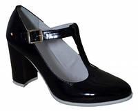 Туфли женские черный лак на каблуке 8 см.