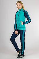 Женский спортивный костюм с классическими тройными лампасами