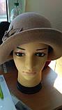 Фетровий капелюх з полями прикрашена квітковою композицією, фото 2