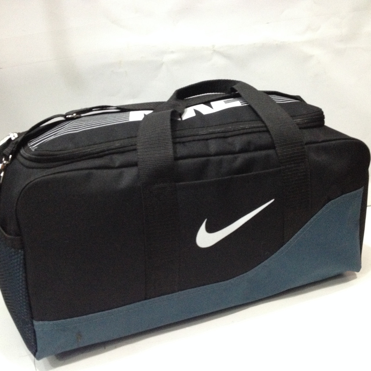 350610ac Сумка спортивная Nike FB SHIELD COMPACT DUFFEL ы (23*46 ) оптом ...