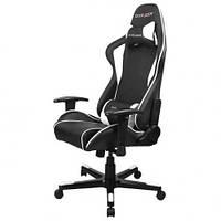 Кресло черного цвета с белыми вставками DXRACER OH/FD08/NW