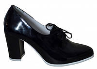 Туфли женские лаковые на высоком каблуке