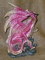 Декоративная статуэтка Дракон розовый 33х22х15 сантиметров