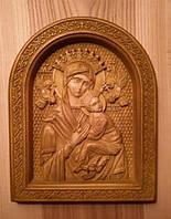 Резная икона Богоматерь Неустанная помощь.
