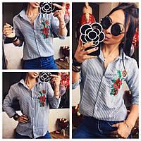 Женская рубашка с вышивкой