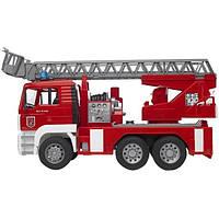 02771 Игрушка - пожарный грузовик с лестницей (+водяная помпа+свет и звук), М1:16