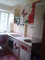Кухня лакобель с бабочками