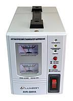 Стабилизатор напряжения Luxeon AVR-500VA (350Вт) белый, фото 1