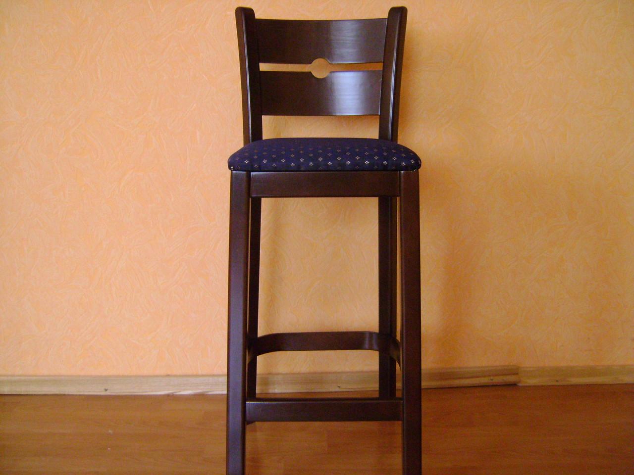 Дерев'яні барні стільці