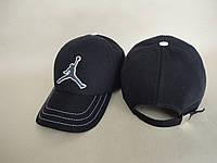 Бейсболка джинсовая черная J