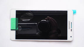 Дисплей с сенсором Samsung A700 Galaxy A7 White, GH97-16922A