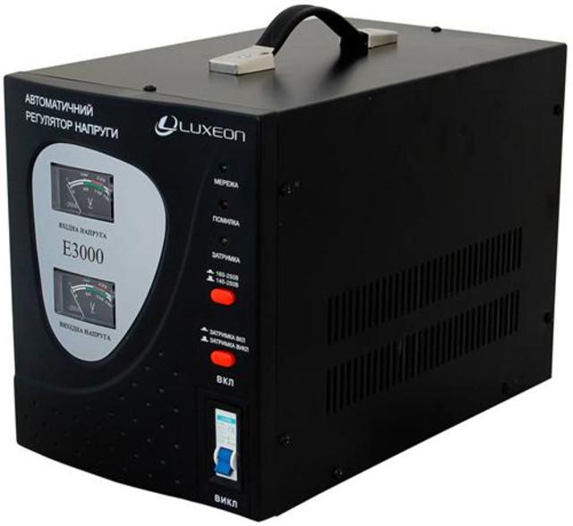 Стабилизатор напряжения Luxeon E-3000 релейный для дачи