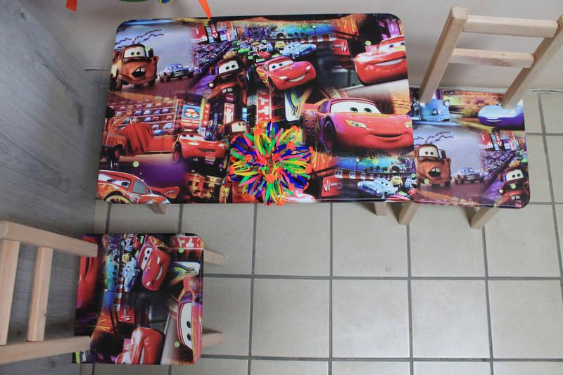 Детский стол и стульчики с рисунками супергероев, фото 3