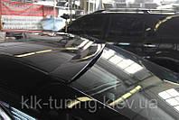 Спойлер на стекло Toyota Camry 50