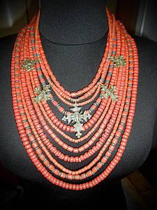 Ожерелье керамическое