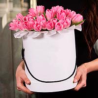 Розовые тюльпаны 49 шт в подарочной коробке!