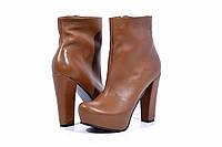 Кожаные женские ботинки цвет рыжий
