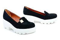 Кожаные женские туфли цвет замша черная