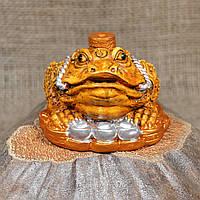 """Фигурка """"Трехлапая денежная жаба Чань Чу"""" с монетой на голове"""