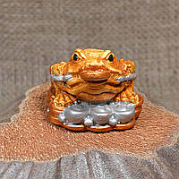 "Фигурка ""Трехлапая денежная жаба Чань Чу"" маленькая на монетах"