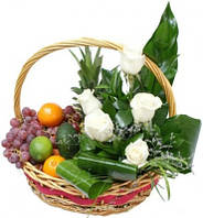 "Корзина из фруктов и цветов ""Екзотик"""