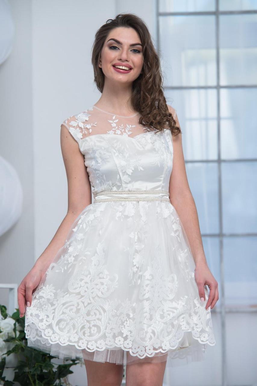 Платье вечернее нарядное короткое с гипюром