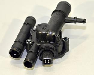 Термостат охолоджуючої рідини з корпусом на Renault Kangoo 01->2008 1.9 dCi — Renault (Оригінал) - 8200674368