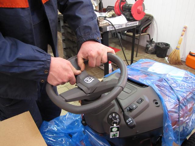 9 3 Установка рулевого управления садовый минитрактор газонокосилку
