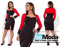 Деловое женское черное платье по фигуре с имитацией контрастного болеро черное с красным