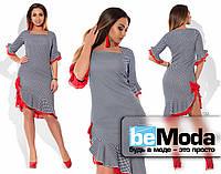 Необычное женское батальное платье с квадратным вырезом, ассиметрией по краю низа и декором из шифона черно-белое с красным