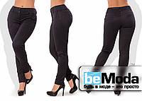 Привлекательные женские брюки больших размеров с оригинальным узором черные