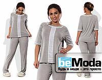Комфортная женская пижама большого размера из вискозы с кружевной отделкой серая