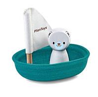 Деревянная игрушка Plan Тoys - Белый мишка в лодке паруснике