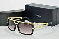 Солнцезащитные очки прямоугольные Prada черные