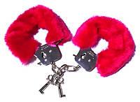 Наручники с мехом Love Cuffs Hand Schellen Red помогут испытать незабываемые оргазмы и ощущения