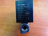 11008573 Електроклапан гарячої води(великий), 230V, 15VA, ТА120*С, 1/8-1/8, на 2 входи, фото 2