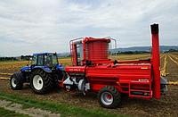 Тыквоуборочный комбайн с механическим приводом КЕ 3000 М (MOTY)
