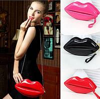 """Женская сумка """"Губы"""" поцелуй отличный подарок для девушки. Хорошее качество. Доступная цена.  Код: КГ580"""