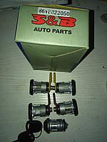 Замки  комплект Ford Transit  --  92 г .   S&B  86VBB22050