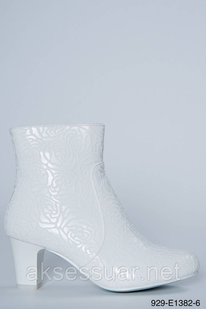Свадебные белые сапожки