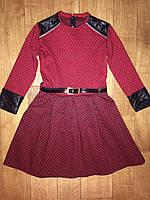 Подростковое платье с модными вставками красный